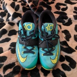Nike KD VII uprising shoe youth 3.5